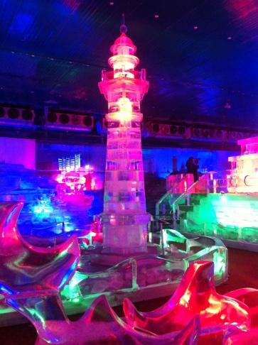 im Eispalast im DamSan Themenpark in HCMC